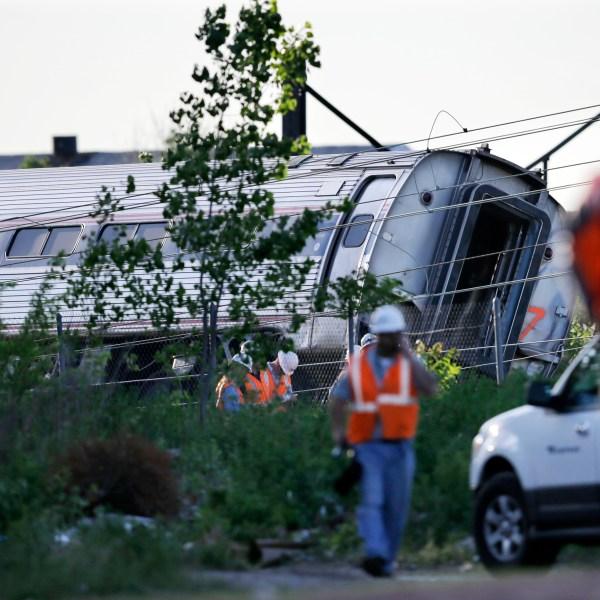 APTOPIX Amtrak Crash_172383