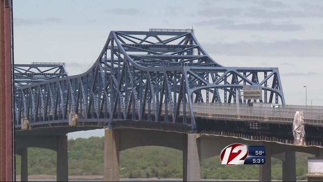 Braga Bridge in Fall River_175064