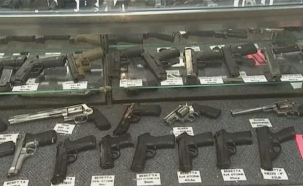 Handguns, firearms generic_183315
