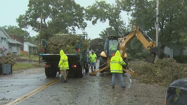 Cranston storm cleanup_199846
