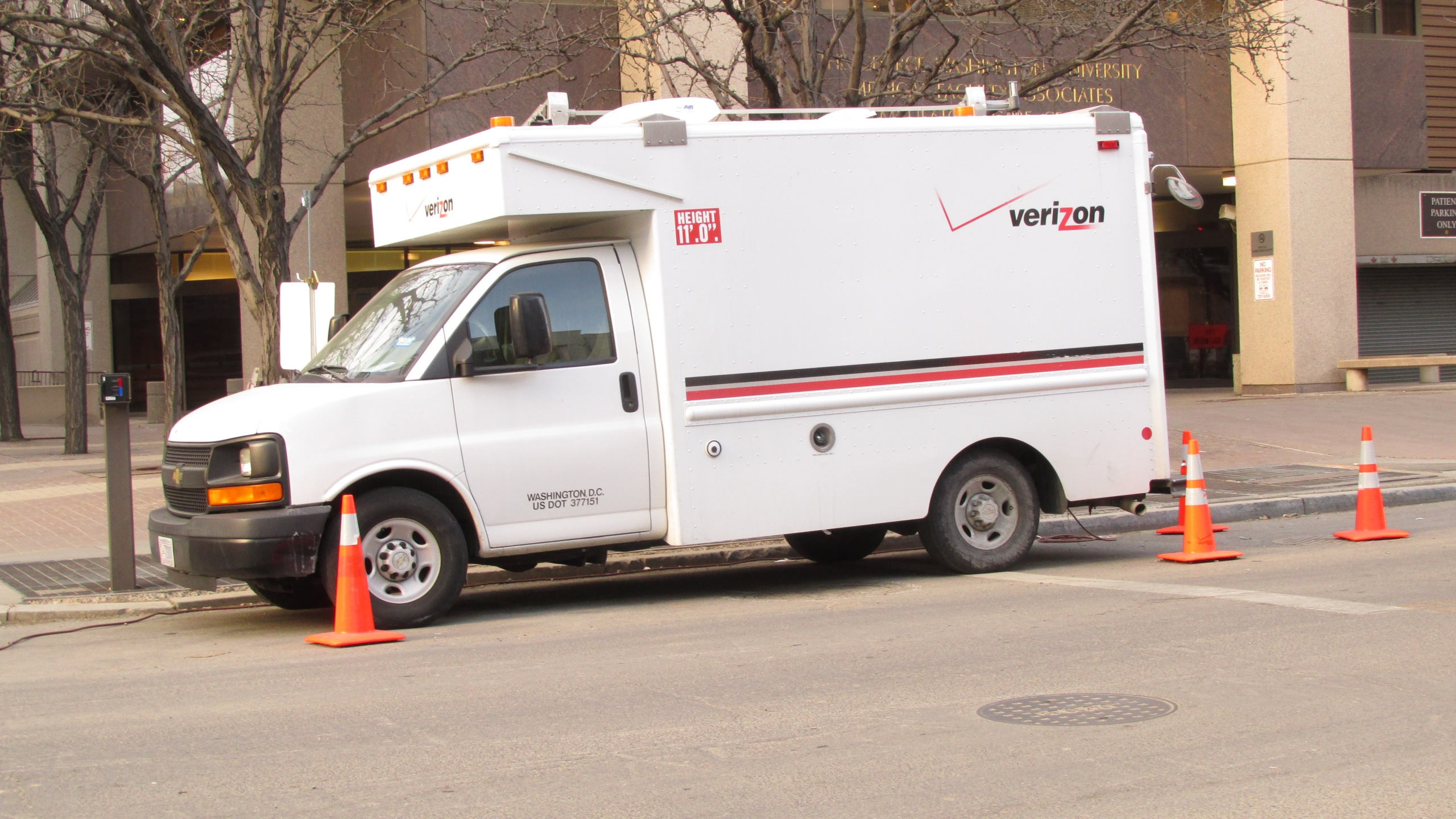 Verizon Van_193014