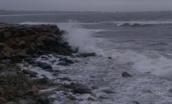 rough surf narragansett bay_214016
