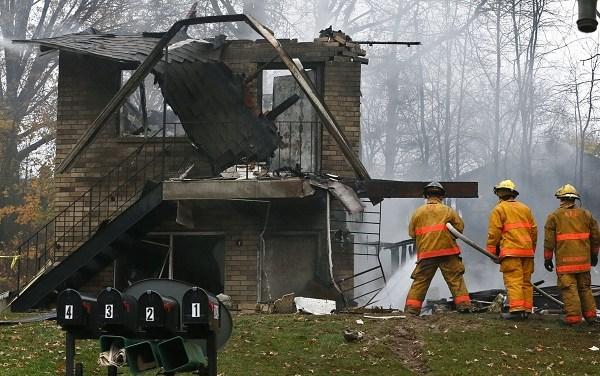 Plane Crash-Apartment Building_226174