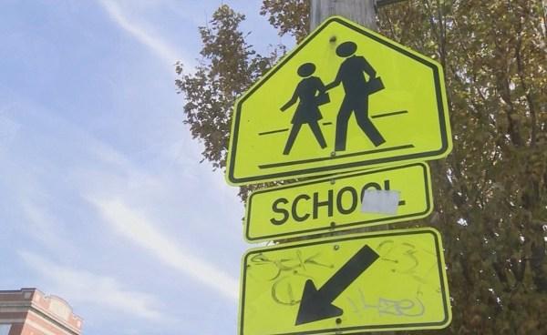 School zone sign_224487
