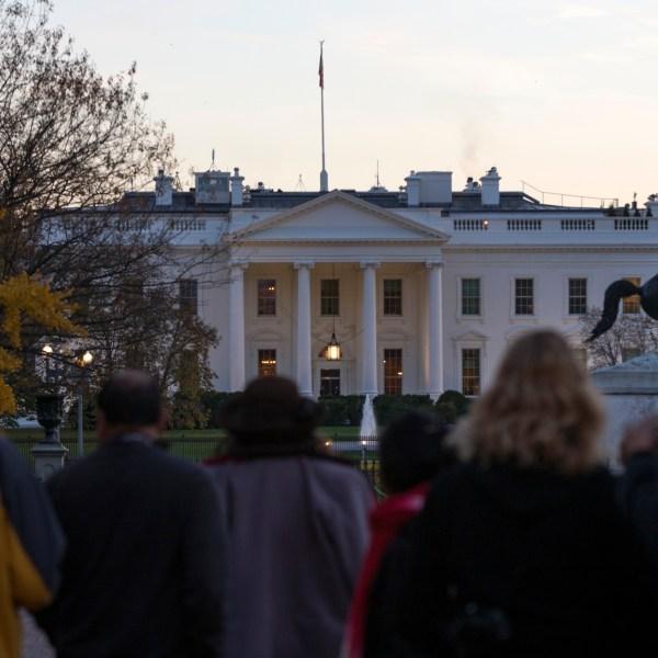 White House Jumper_231521