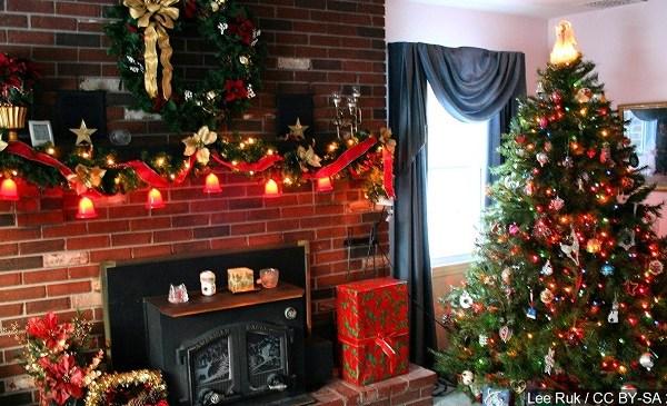 ChristmasTree_234312