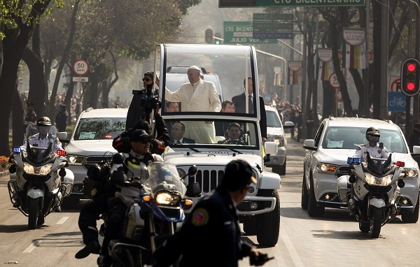 Pope Francis_260256
