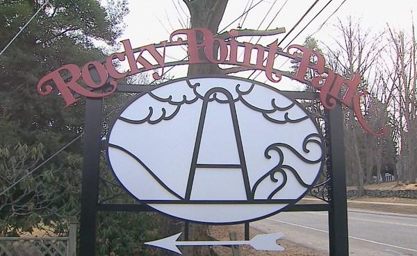 Rocky Point Park sign_253941