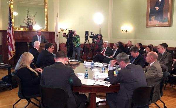 Senate Finance Committee hearing on RhodeWorks proposal_254929
