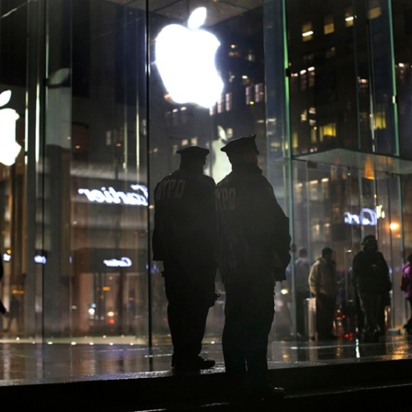 Apple Encryption Protests_281318
