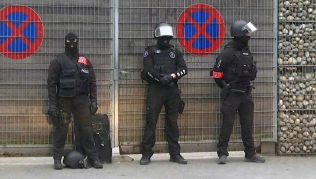 Belgium Police Search_276818