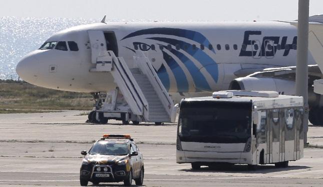 APTOPIX Cyprus Hijacked Plane_281400