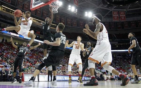 NCAA Providence USC Basketball_276526