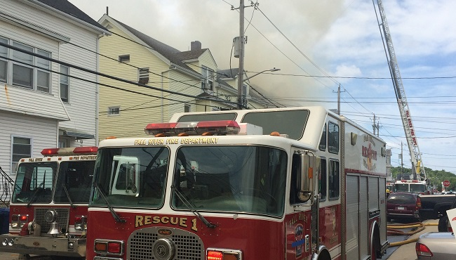fall river fire_334658