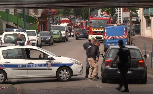 France Hostage Taking_335558