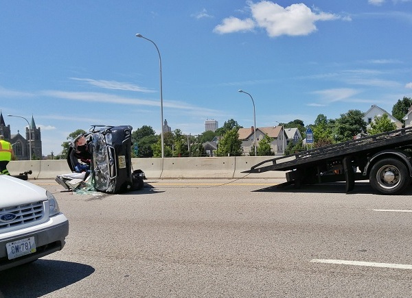 Charges expected in I-195E rollover crash_334724