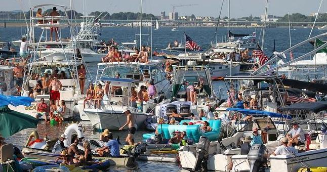 newport folk festival boaters_334554