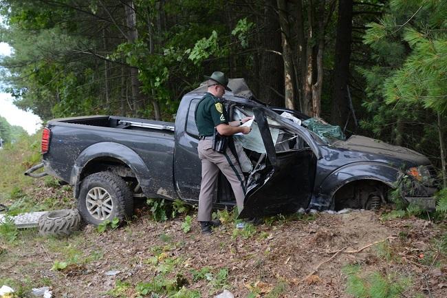 Block Island man and passenger hurt, dog lost in NH crash_334758