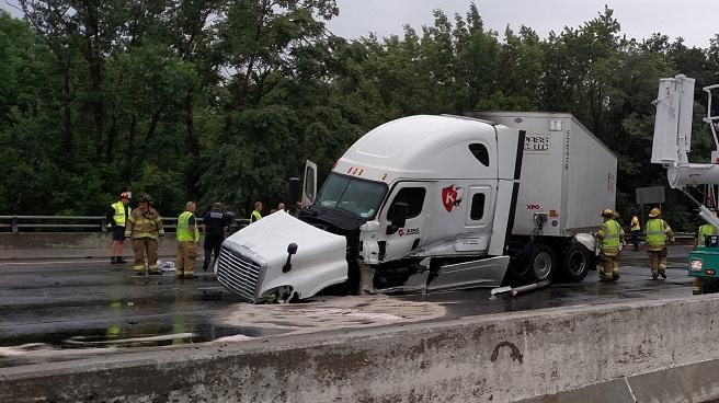 Warwick tractor trailer crash_338639