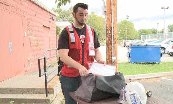 local red cross volunteer_345451