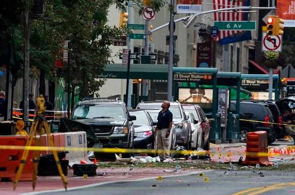 APTOPIX Manhattan Explosion_359884