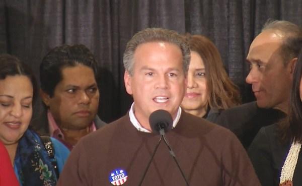 Congressman David Cicilline wins re-election_381238