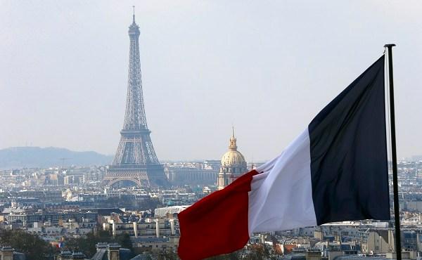 France Eiffel Tower_394833