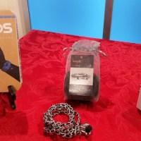 tech-gifts-headphones-small_397116