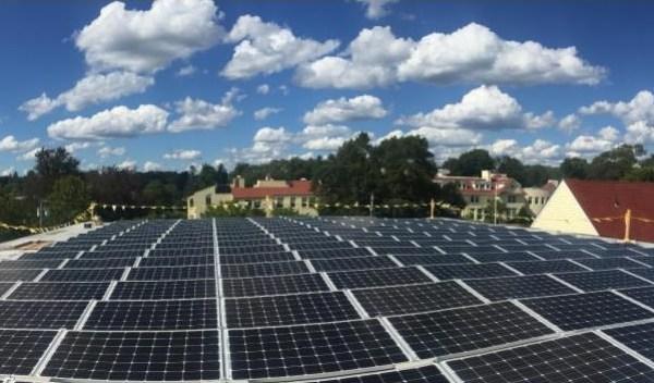 school solar panels_238418