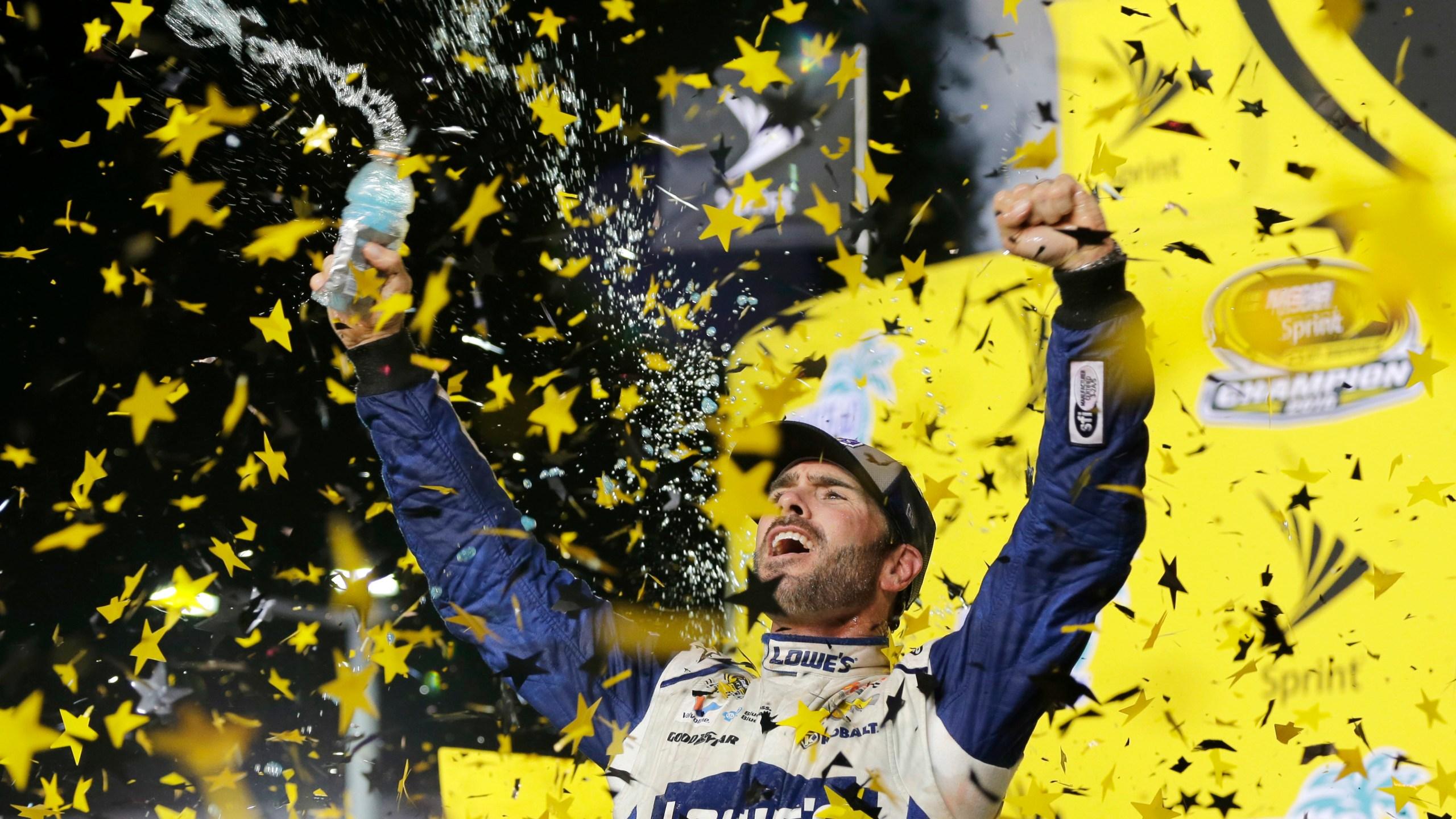 APTOPIX NASCAR Homestead Auto Racing_431018