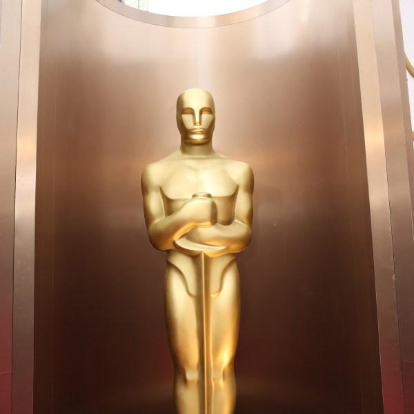 Oscar statue_430272