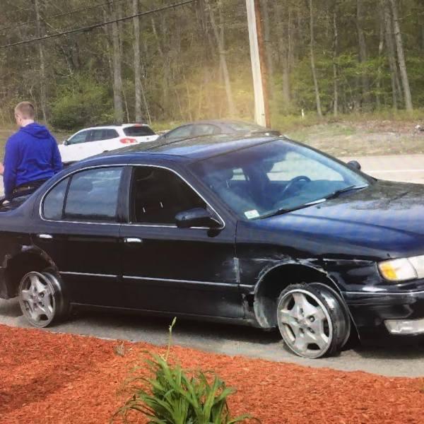 Plainville DUI driver on rims_474621