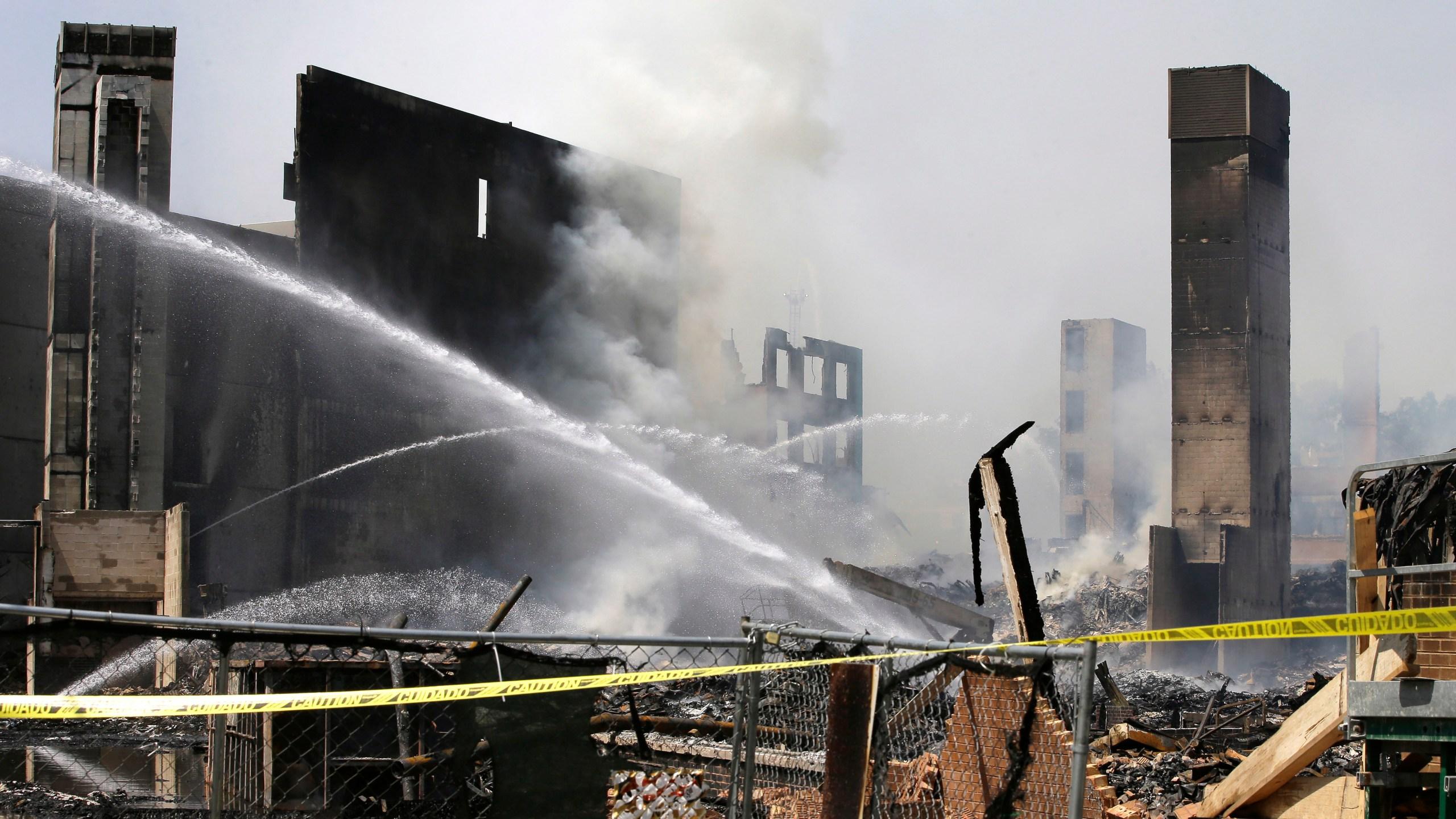 Apartment Complex Fire_519987