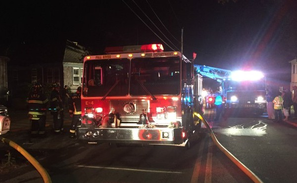fall river fire_511590