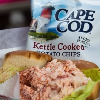 cape cod potato chips lobster roll_517282