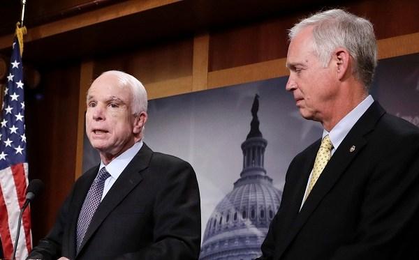 John McCain, Ron Johnson_530569