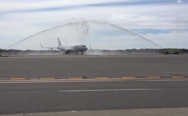 frontier airlines inaugural ri landing_533167