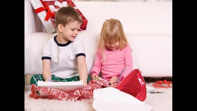 kids-open-presents-jpg_157954_ver1-0_13996399_ver1-0_640_360_571011
