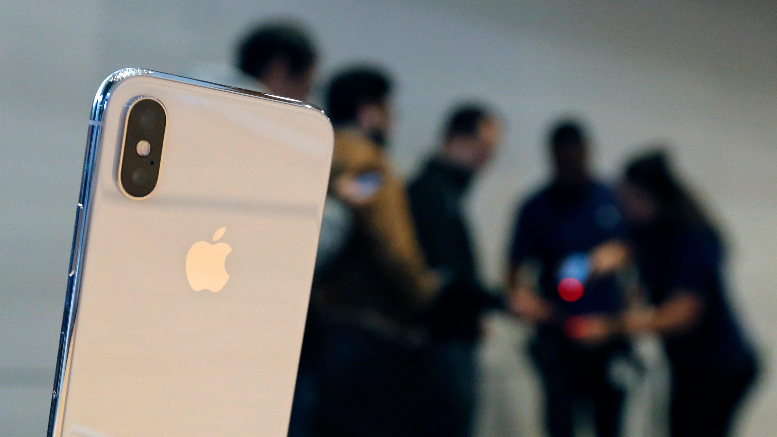 APTOPIX Apple iPhone X_582452