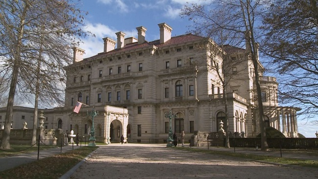 Breakers Mansion 650x365_597343