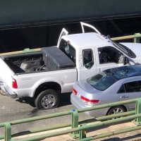 Shots fired near Providence Place Mall as police search for suspect who stole cruiser_585893
