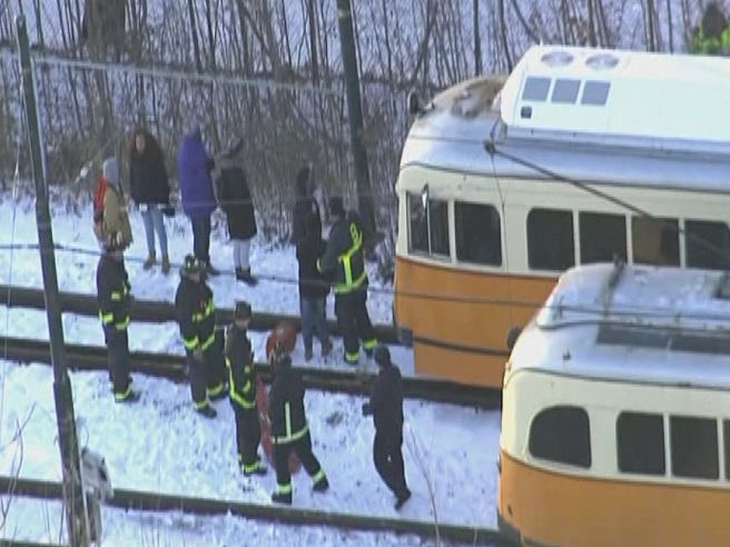 Boston trolley crash_613472