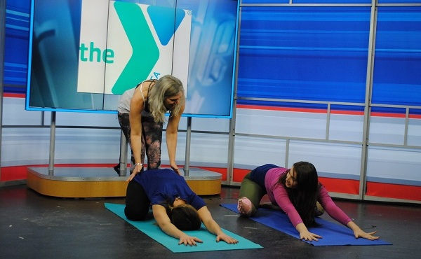 community yoga small_614632