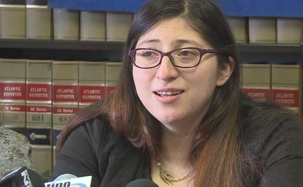 Lilian Calderon news conference_643571