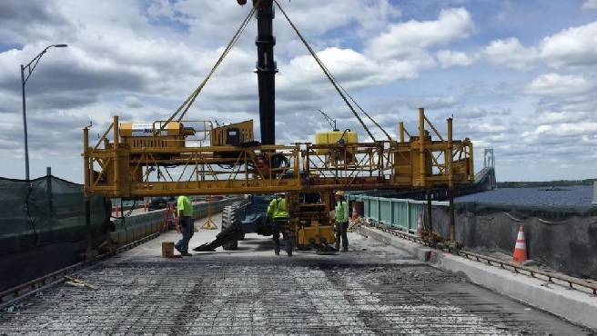 newport pell bridge work_491105