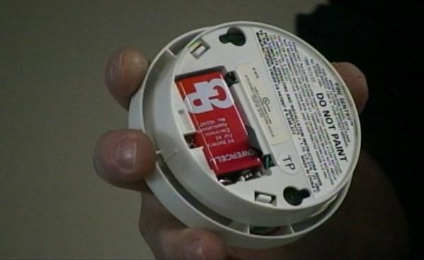 Smoke detector_379759