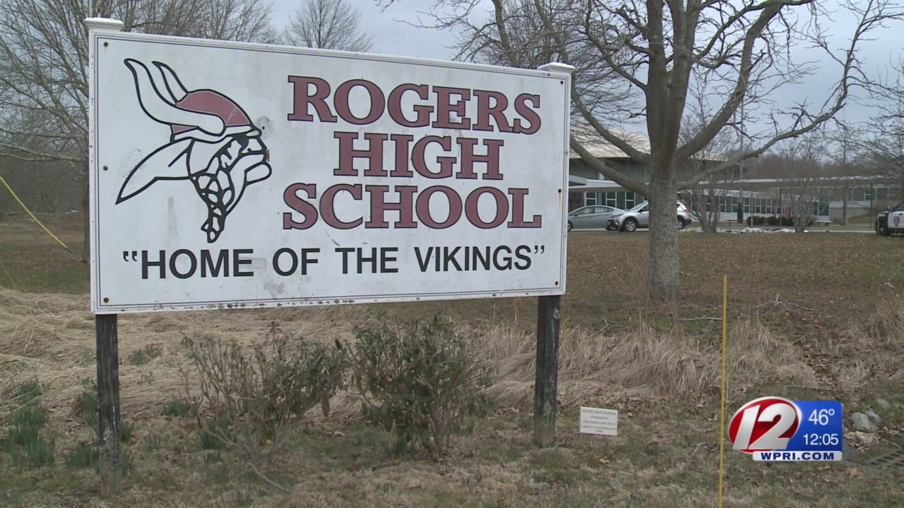 Rogers_High_School_surveying_families_on_0_20180328164307