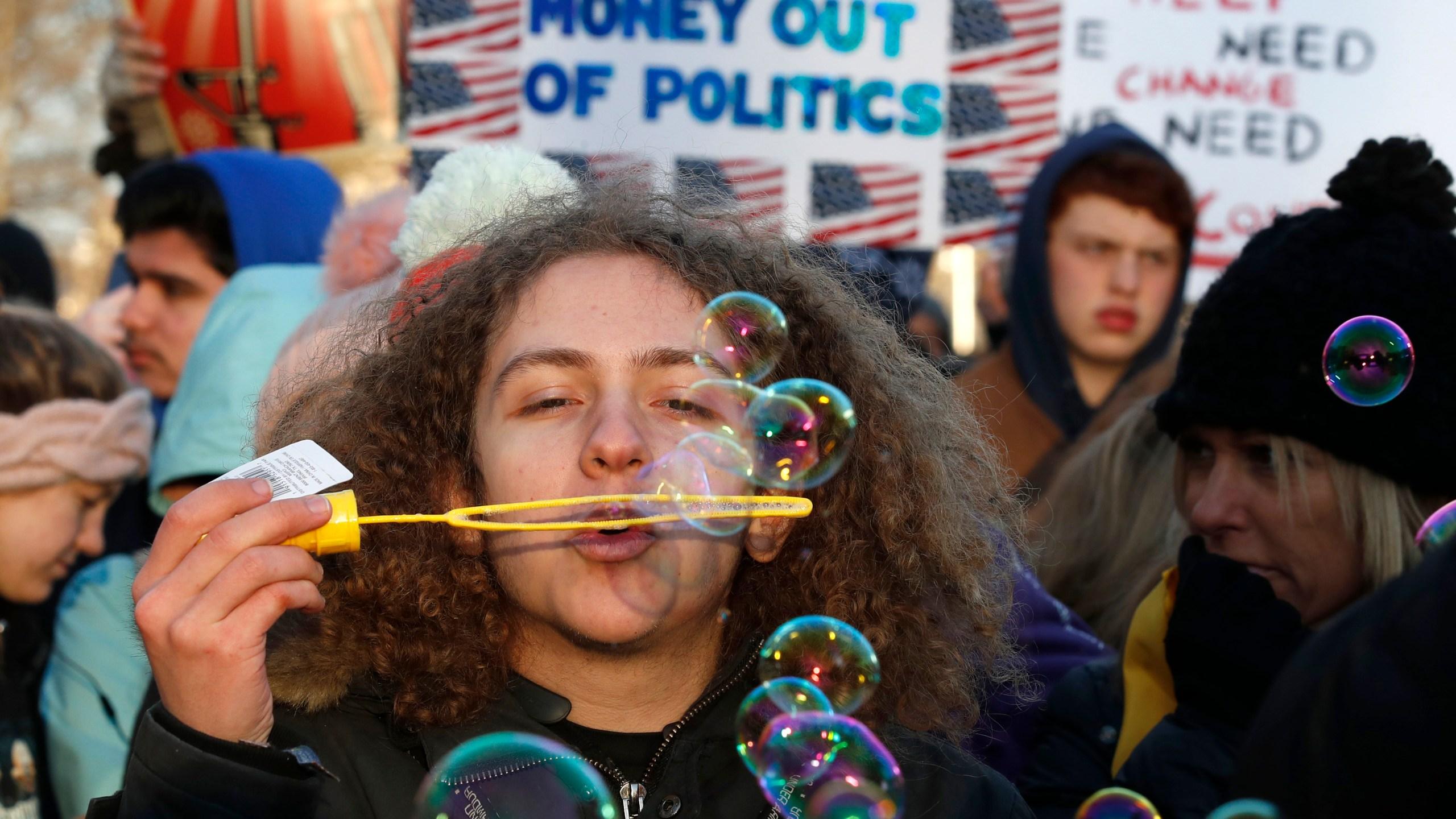 Student_Gun_Protests_43449-159532.jpg62939985
