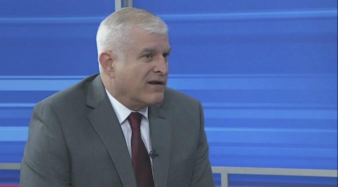 BILL GILBERT moderate party chairman_654622