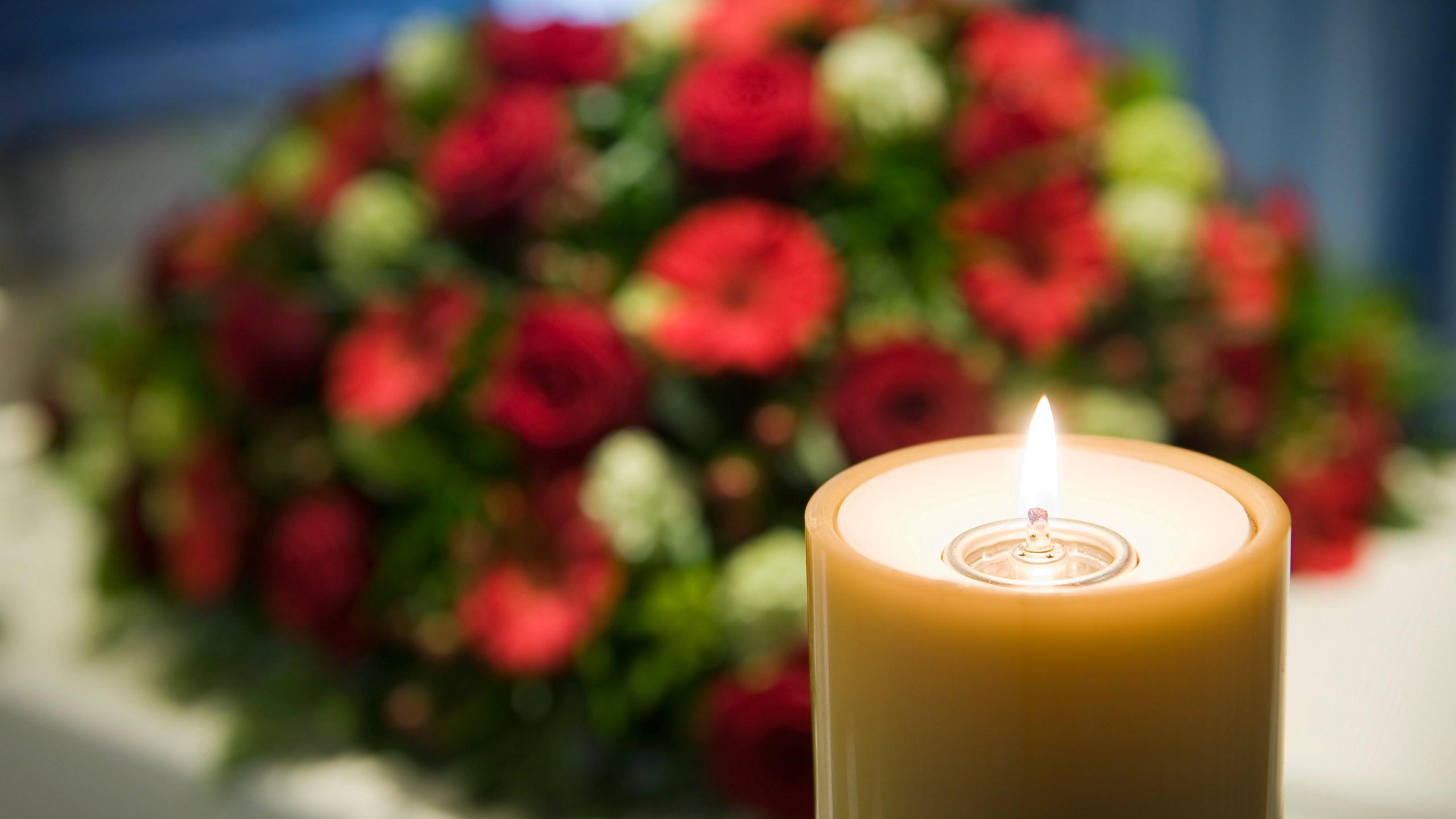 Burning candle_1521121872084